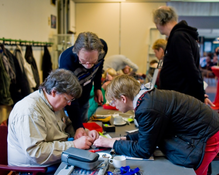 02-22-2014--Repair-Cafe013-Boomtak